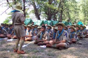 In thailändischen Schulen ist der Donnerstag typischerweise der Pfadfinder Tag. Regelmäßig gibt es auch Pfadfinder-Camps.