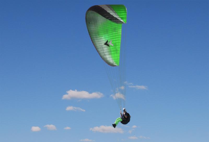 800_paraglider